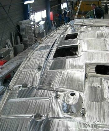 The OVNI 435 aluminum sailboat deck showing deck fittings welded on rather than screwed on.