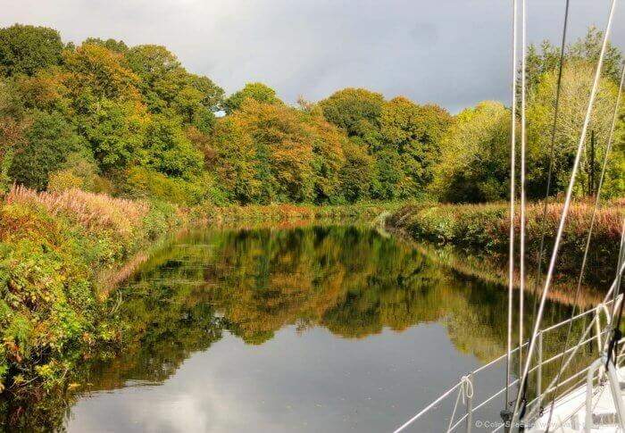Autumn sunlight in the Crinan Canal